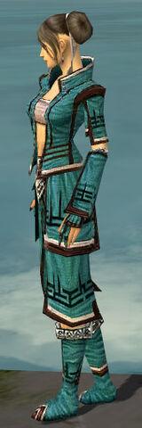 File:Monk Kurzick Armor F dyed side.jpg