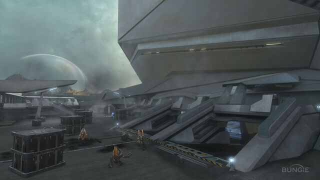File:Reach FF Courtyard01.jpg