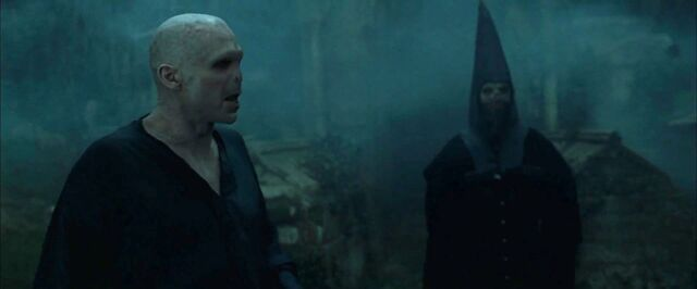 File:Voldemort and Death Eaters1.jpg