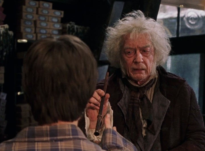 Fil:Ollivander presents wand.png