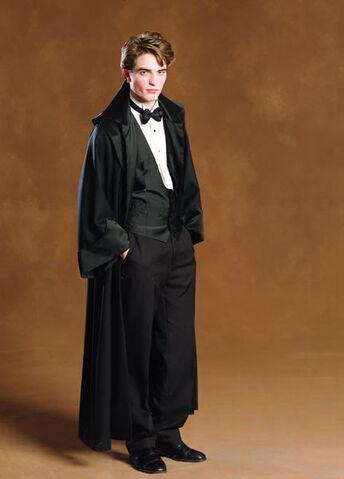 File:Robert Pattinson as Cedric Diggory (GoF-promo-02).jpg