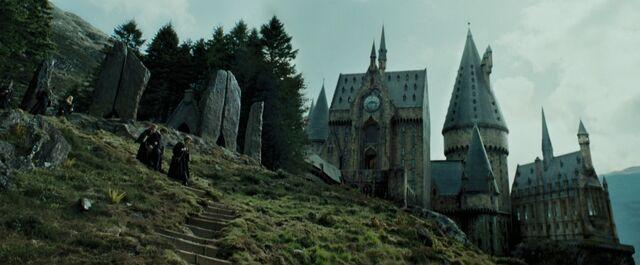 File:Harry Potter and the Prisoner of Azkaban - Stone Circle.jpg