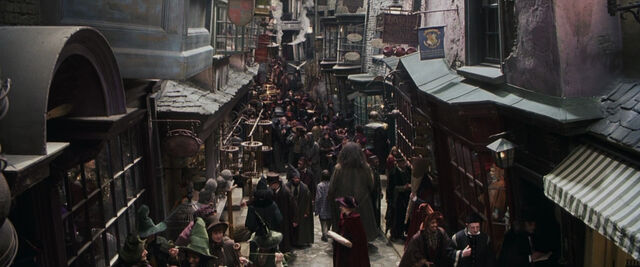 File:Diagonalley.jpg