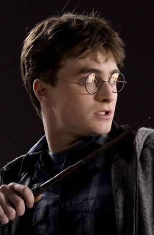 File:HBP-Photoshoots-harry-potter-22934533-1868-1400.jpg