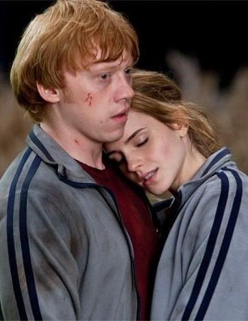 File:Ron-y-Hermione-en-la-Madriguera.jpg