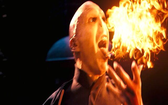File:Voldemort conjuring a fiery serpent.jpg