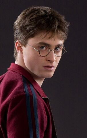 File:Harry Potter (HBP promo).jpg