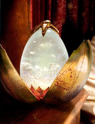 File:The Golden Dragon Egg 01.jpg