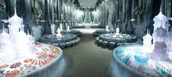 YuleBall WB F4 GreatHallDecoratedForYuleBall Promo 080615 Land