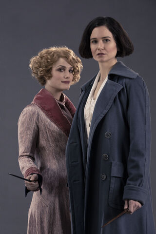 File:Tina and Queenie.jpg