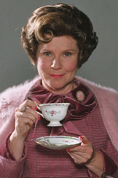 http://vignette2.wikia.nocookie.net/harrypotter/images/5/5a/Dolores_Umbridge.PNG/revision/latest?cb=20150825230359