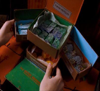 File:Skiving Snackbox.jpg