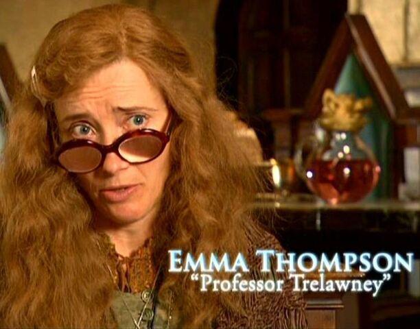 File:Emma Thompson (Professor Trelawney) HP5 screenshot.JPG