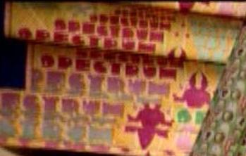 File:Spectrum Pestrum (Weasleys' Wizard Wheezes product).JPG