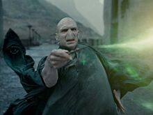 Harry vs voldmort.jpg