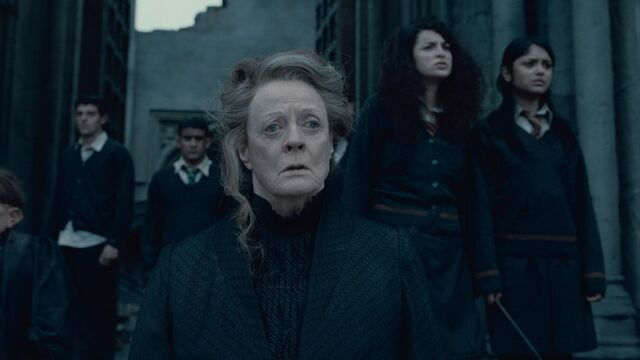 File:McGonagall during the Battle of Hogwarts.jpg