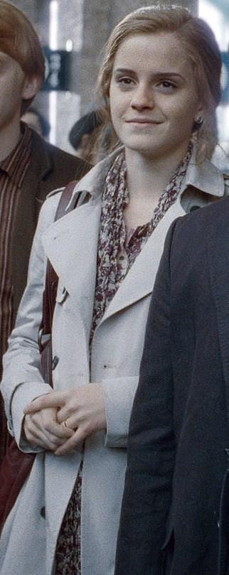 Adult Hermione Weasley