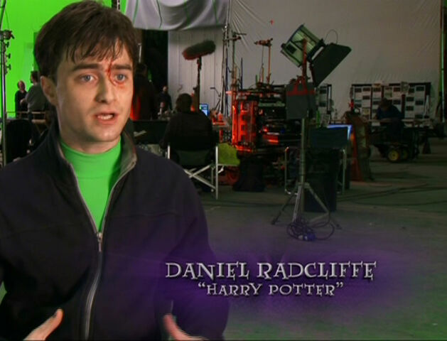 File:Daniel Radcliffe at the set of Deathly Hallows part 2.jpg
