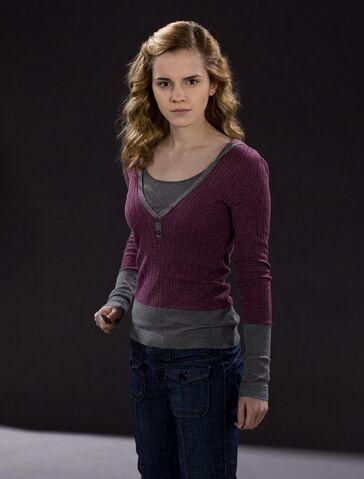 File:Hermione Granger (HBP promo) 3.jpg