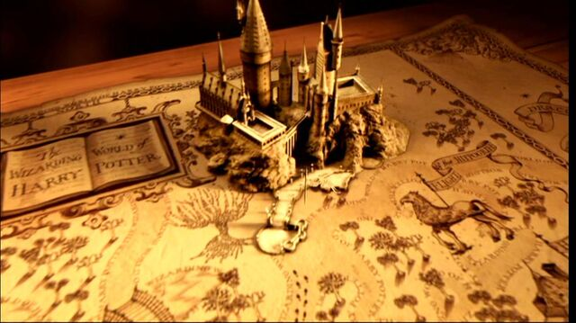 File:Hogwarts Castle miniature (Wizarding World of Harry Potter Theme Park).JPG
