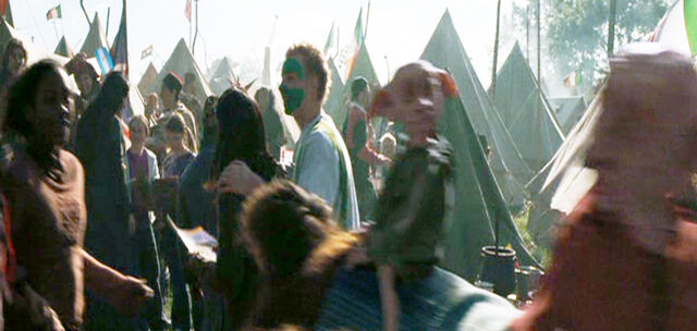 File:House-Elves at the Quidditch World Cup 03.jpg