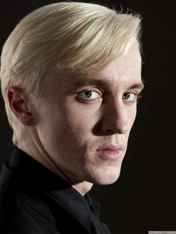 File:Draco DH promo.jpg