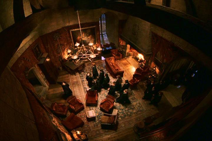 Gryffindor_Common_Room.jpg