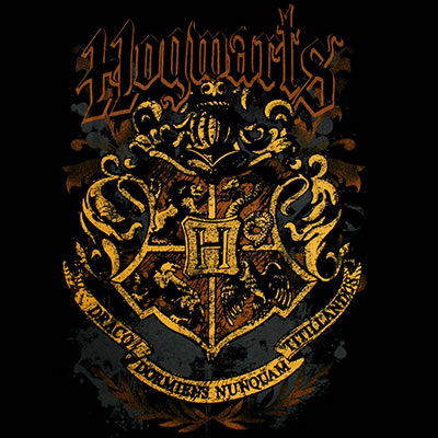 File:Hogwarts Crest (design for t-shirt).jpg