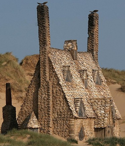 DH - Shell Cottage (film version) picture2.jpg