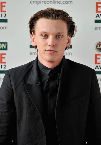 File:Jamie Campbell Bower.jpg