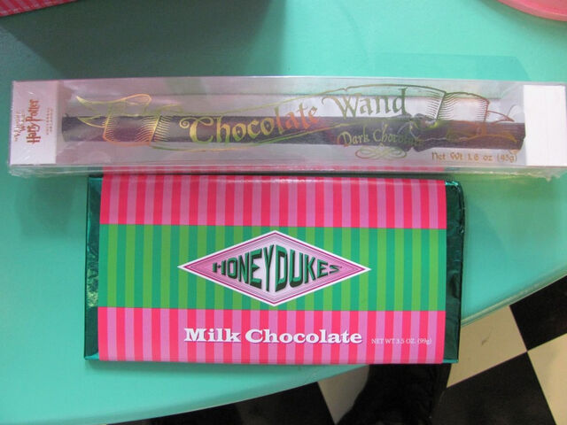 File:Honeydukes Chocolate.jpg