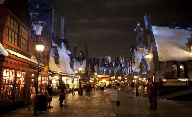 File:Rsz wizarding-world-of-harry-potter-hogsmeade.jpg