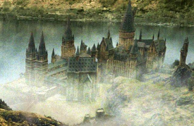 File:Hogwarts HP4.jpg