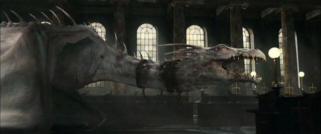File:Harrypotter7-dragon-590x350.jpg