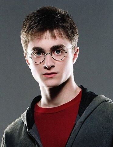 File:Photoshoot-harry2 ootp 0508.jpg