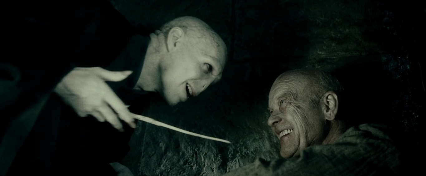 File:Voldemort and Grindelwald.JPG