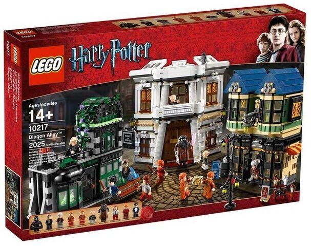 File:LEGO-Harry-Potter-10217-Diagon-Alley-Toys-N-Bricks.jpg