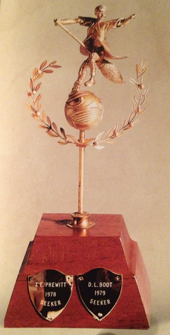 File:SeekerTrophy.png