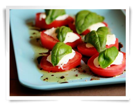 File:Caprese-salad.jpg