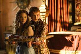 Joffrey y Margaery HBO.jpg