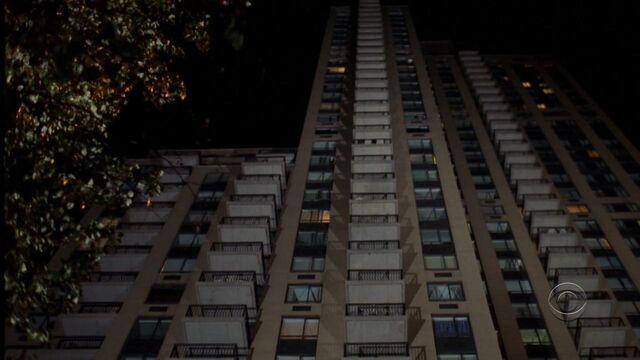 File:Barney's apartment outside 1.jpeg