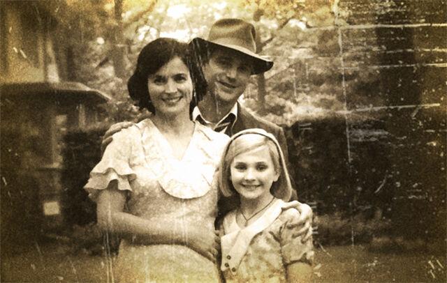 File:Kittredge Family photo.jpg