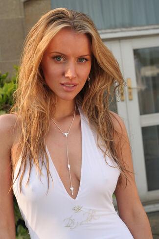 Tiffany Mulheron Nude Photos 67
