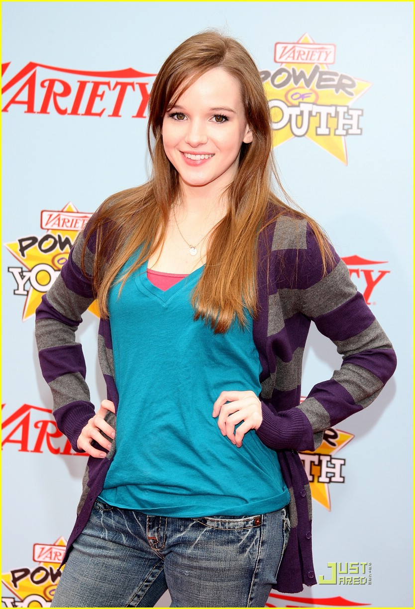 kay panabaker height weight