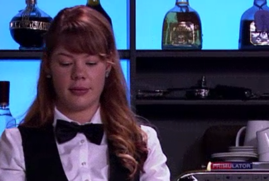 Fil:Kaja (bartender).png
