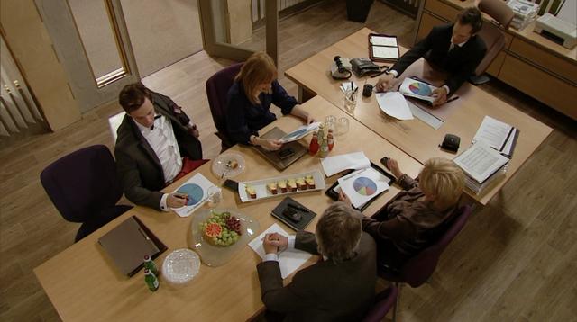 Fil:Styremøte episode 135 i sesong 28.png