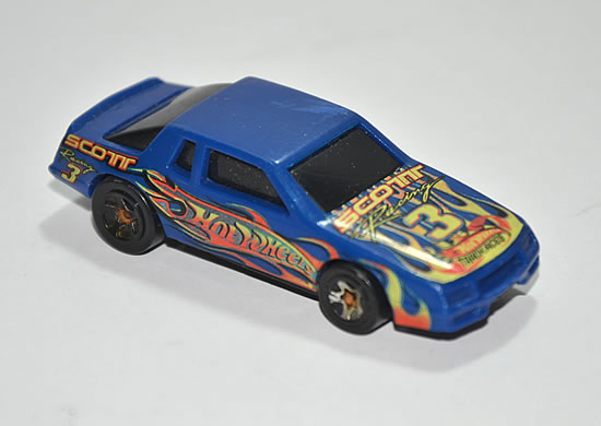 File:CHEVY STOCKER DE HOT WHEELS.jpg