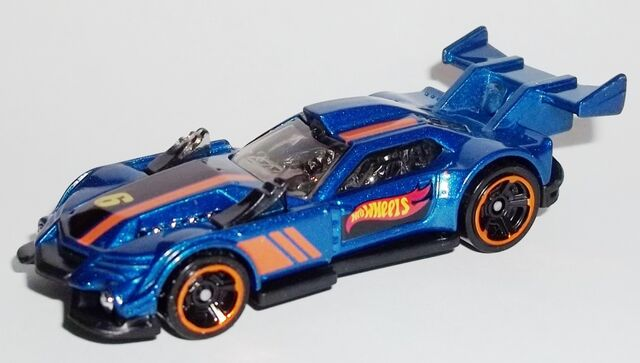 File:HW-2015-130-GT Hunter-RaceTeam.jpg