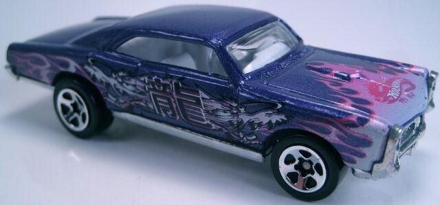 File:'67 Pontiac GTO purple metallic 2003.JPG