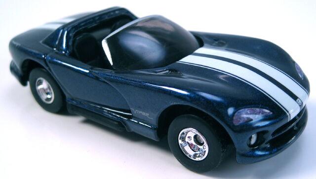 File:Dodge viper rt 10 dark blue metallic auto milestones series.JPG